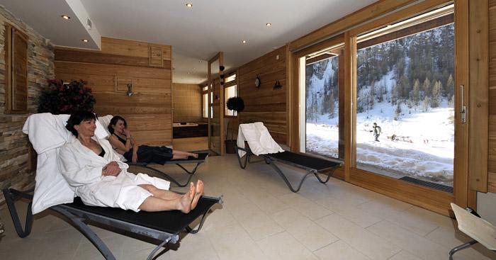 Hotels gite et refuge de ceillac for Salle de relaxation